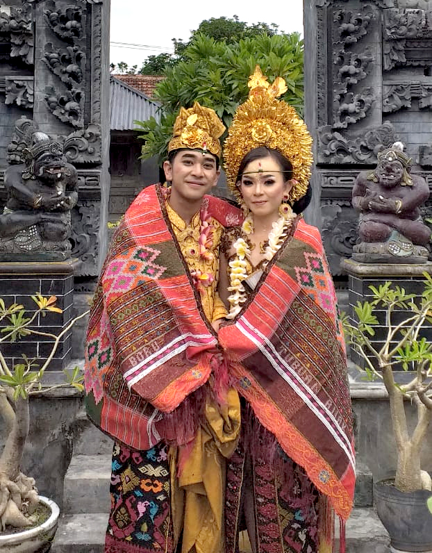 THE BEAUTY OF INDONESIAN INTER-RACIAL MARRIAGES. BATAK – BALI HARMONY. ❤️❤️