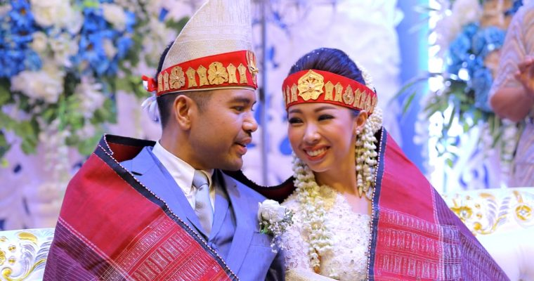 UNITY IN DIVERSITY – INDONESIA UNITED IN LOVE.  INTERACIAL BATAK – NIAS MARRIAGE, IN HARMONY